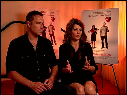 john corbett and nia vardalos on being parents and how the film was written for her male friends at the 'i hate valentine's day' junket at los... - john corbett stock videos and b-roll footage