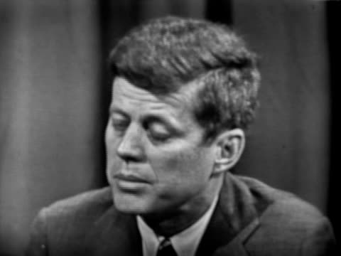 john fitzgerald kennedy debates charles edward potter on the issue of public assistance unemployment senator kennedy and senator potter debate... - john f. kennedy politik stock-videos und b-roll-filmmaterial