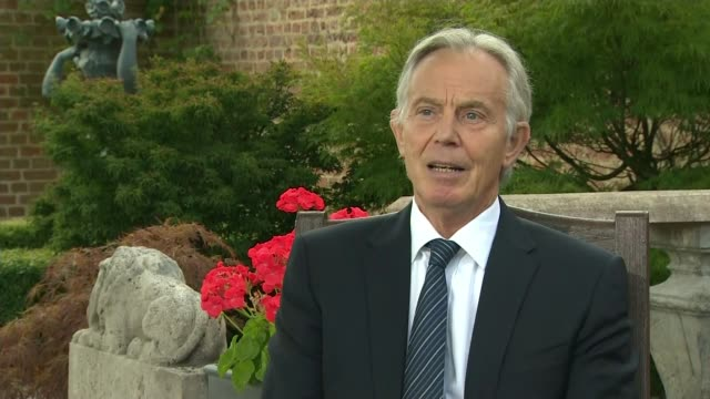 buckinghamshire ext tony blair interview sot on john hume - itv news at ten stock videos & royalty-free footage