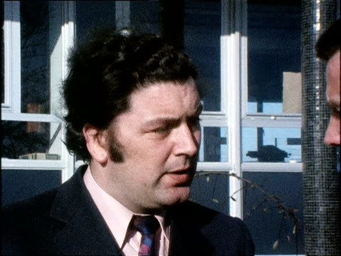 john hume member of northern ireland parliament speaking after widgery tribunal hearings into events of bloody sunday - sonntag stock-videos und b-roll-filmmaterial