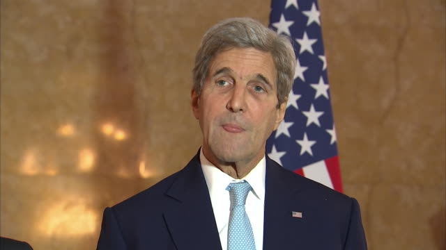 John Kerry calling for Russia and the Syrian government to stop the airstrikes on Aleppo