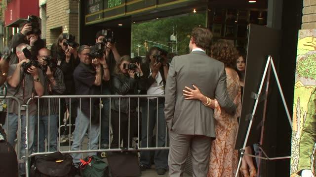 john krasinski and maya rudolph at the 'away we go' screening at new york ny. - john krasinski video stock e b–roll