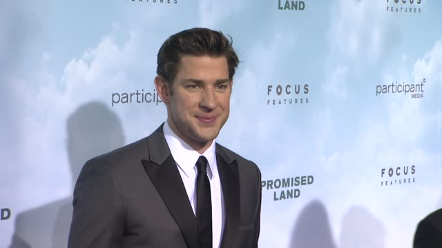 john krasinski at promised land new york premiere presented by focus features at amc loews lincoln square 13 theater on december 04 2012 in new york... - john krasinski stock videos and b-roll footage