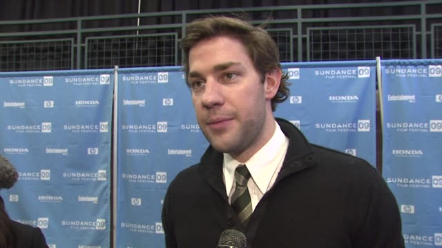 john krasinski on the effect wallace's book had on him on directing and acting in the film on if he ever wanted to direct and on having his film... - john krasinski video stock e b–roll