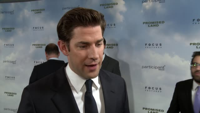 john krasinski on the heart of the film what he and matt damon wanted to get across on how he and matt worked together at promised land los angeles... - john krasinski stock videos & royalty-free footage