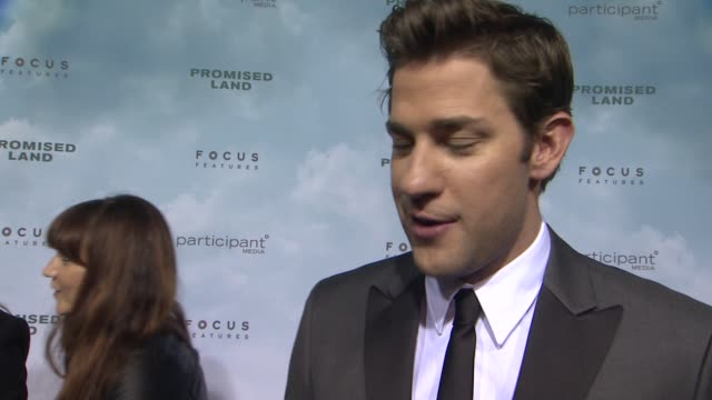 john krasinski on writing the script with matt double dating and being inspired by his father at promised land new york premiere presented by focus... - amc loews stock videos and b-roll footage