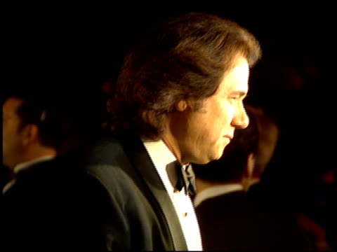 john larroquette at the comedy awards 94 at the shrine auditorium in los angeles california on march 6 1994 - ジャーマンコメディアワード点の映像素材/bロール