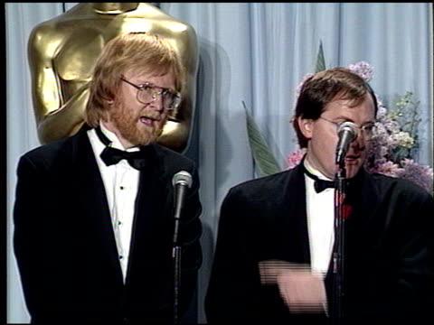 vidéos et rushes de john lasseter at the 1989 academy awards at the shrine auditorium in los angeles, california on march 29, 1989. - 61e cérémonie des oscars
