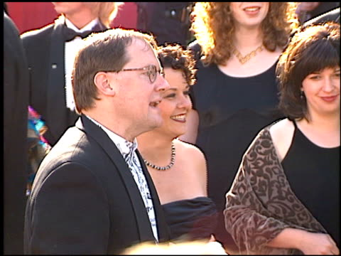 vídeos de stock e filmes b-roll de john lasseter at the 1996 academy awards arrivals at the shrine auditorium in los angeles california on march 25 1996 - 68.ª edição da cerimónia dos óscares