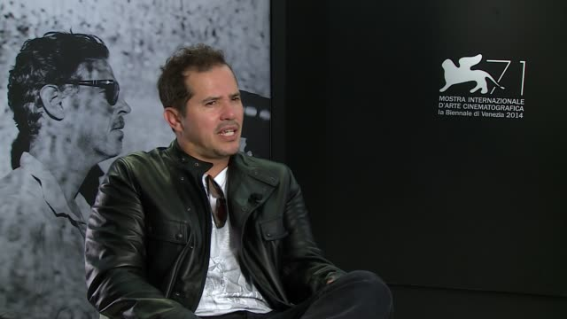 john leguizamo on a different shakespeare story being made, on the story at 'cymbeline' interviews - 71st venice international film festival at... - 第71回ベネチア国際映画祭点の映像素材/bロール