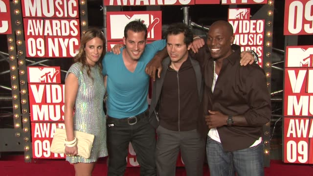 john leguizamo tyrese gibson and guests at the 2009 mtv video music awards at new york ny - tyrese stock videos and b-roll footage