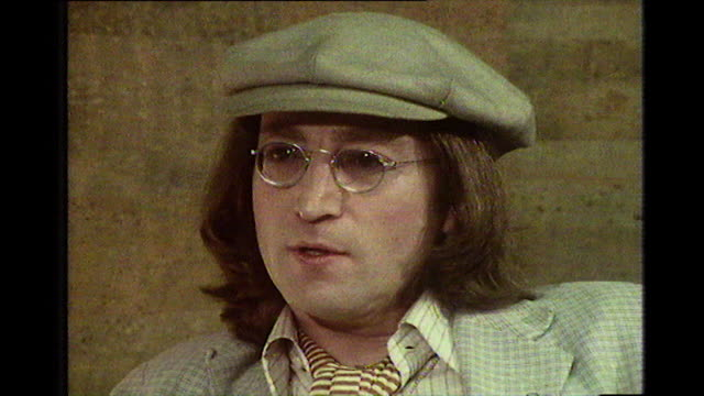 stockvideo's en b-roll-footage met john lennon speaking in 1975 explains how he doesn't regret writing how do you sleepand paul mccartney's reaction all that matters is how he and i... - verwijten