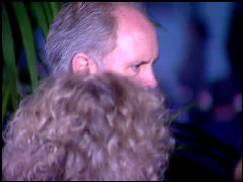 john lithgow at the 1996 screen actors guild sag awards at santa monica civic auditorium in santa monica, california on february 25, 1996. - ジョン・リスゴー点の映像素材/bロール