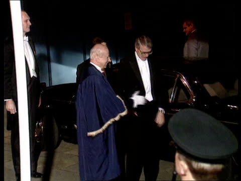 John Major guildhall speech ENGLAND London Guildhall John Major MP stepping out of car amp shaking unidentified man in blue cloak as wife Norma walks...