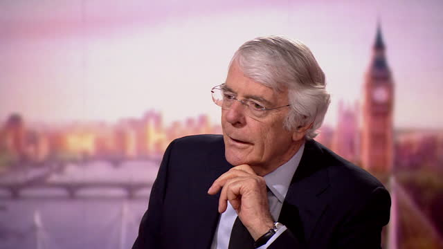 john major talking about how queen elizabeth ii will get through the next period of her life after the death of prince philip - queen royal person stock videos & royalty-free footage