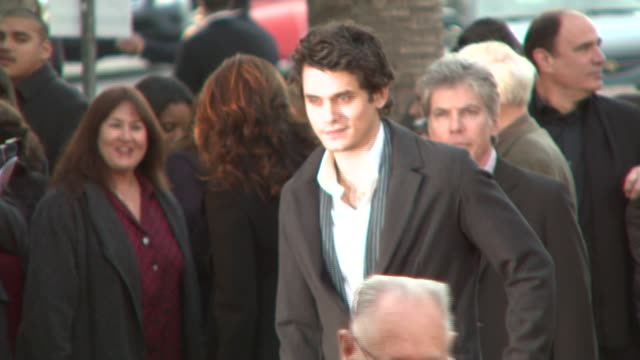 john mayer at the 'the bucket list' premiere at the cinerama dome at arclight cinemas in hollywood, california on december 16, 2007. - bucket list stock videos & royalty-free footage
