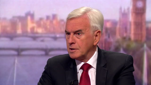 john mcdonnell saying people earning over £1m should have their income tax returns to be made public - john mcdonnell politician videos stock videos & royalty-free footage