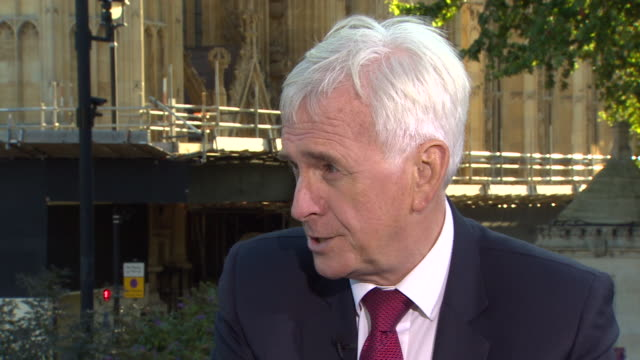 john mcdonnell saying the labour party does want a general election but only after a no deal brexit is ruled out - john mcdonnell politician videos stock videos & royalty-free footage