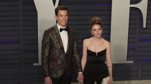 vidéos et rushes de john mulaney and annamarie tendlerat 2019 vanity fair oscar party hosted by radhika jones at wallis annenberg center for the performing arts on... - oscar party