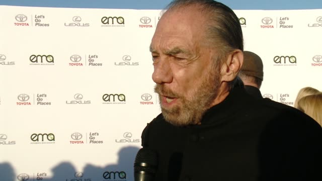 interview john paul dejoria on what it means to be honored on why now more than ever it's important to support environment causes and on what message... - バーカーハンガー点の映像素材/bロール