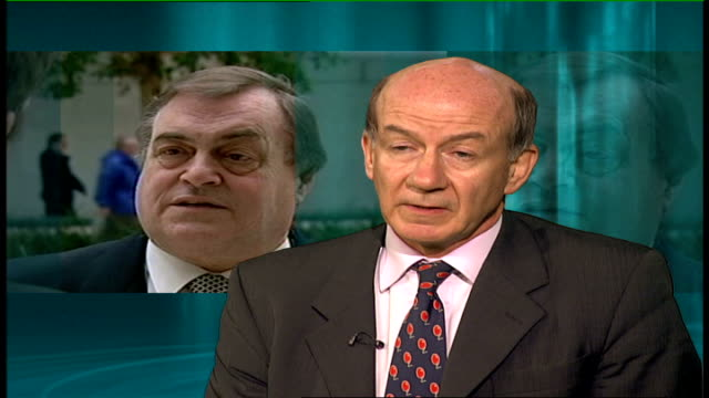 vídeos y material grabado en eventos de stock de john prescott in hospital with pneumonia; england: london: int dr john moore-gillon interview sot - neumonía
