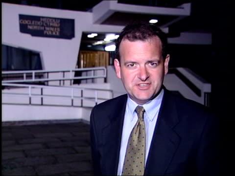 john prescott may still face assault charges itn i/c - ジョン プレスコット点の映像素材/bロール