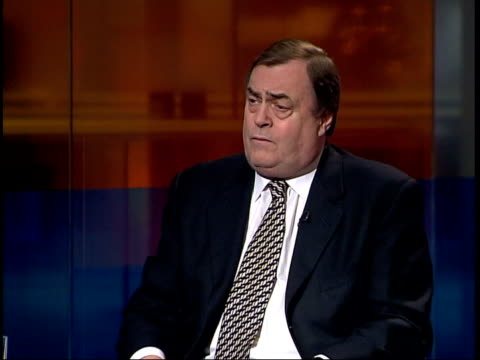 john prescott mp interviewed sot we're prepared to discuss with fire brigade some of it's already been published / i'll see if i can send you a copy... - ジョン プレスコット点の映像素材/bロール