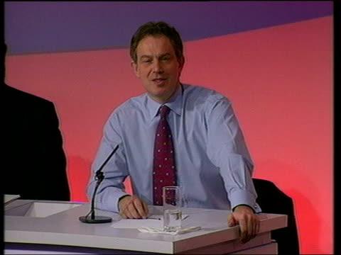 john prescott v sign row itn lib tony blair mp press conference sot i'm me and john's john he reacted instinctivley bournemouth ext john prescott... - bournemouth england stock videos & royalty-free footage