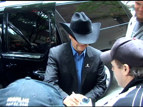 john rich arrives at 'live with regis & kelly' and shows off the check for $250,000 that he won for his charity on celebrity apprentice. - reality fernsehen stock-videos und b-roll-filmmaterial