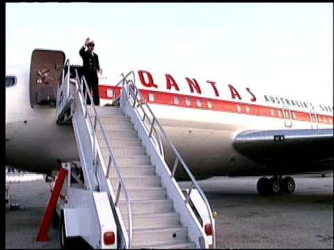80 Top Qantas Video Clips & Footage - Getty Images