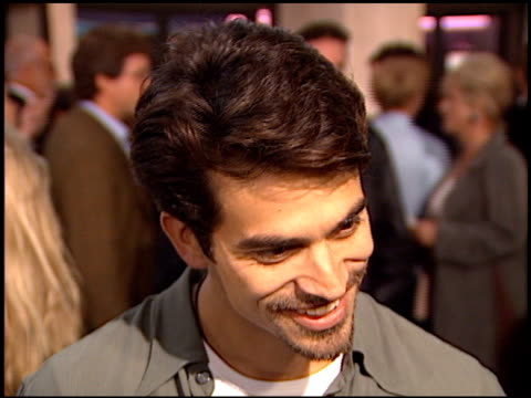 johnathon schaech at the 'that thing you do' premiere at cineplex odeon in century city california on october 1 1996 - odeon kinos stock-videos und b-roll-filmmaterial