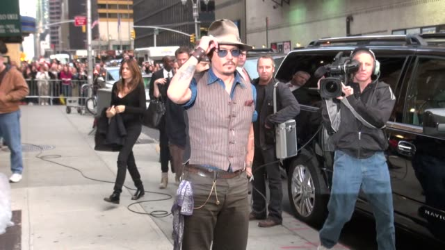 johnny depp arrives at the late show in new york on 10/26/11 - johnny depp stock videos and b-roll footage