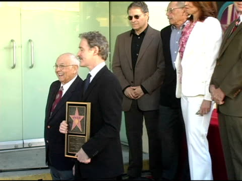 stockvideo's en b-roll-footage met johnny grant and kevin kline , lawrence kasdan, irwin winker and sigourney weaver at the dedication of kevin kline's star on the hollywood walk of... - sigourney weaver