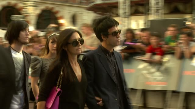 johnny marr at the inception world premiere at london england - ジョニー マー点の映像素材/bロール