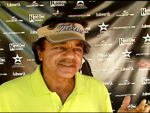 Johnny Mathis on the event his golf game Golf Digest at the Golf Digest Celebrity Invitational at Cabana Club at the Wilshire Country Club in Los...