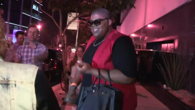 EJ Johnson Vs Annoying Fan at Bootsy Bellows in West Hollywood at Celebrity Sightings in Los Angeles EJ Johnson Vs Annoying Fan at Bootsy Bellows in...
