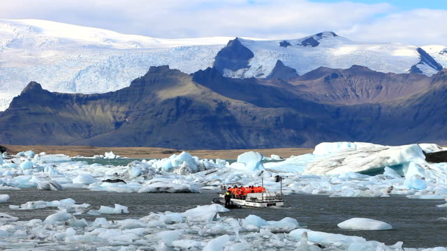 jokulsarlon ice lagoon - tourism stock videos & royalty-free footage