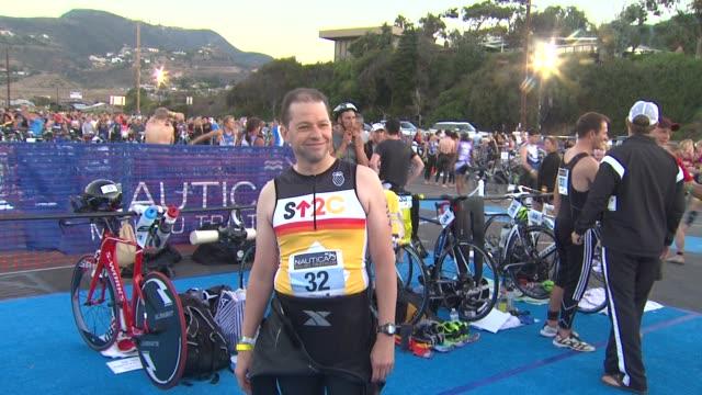 jon cryer at 26th annual nautica malibu triathlon on 9/16/12 in malibu ca - nautica malibu triathlon stock videos & royalty-free footage