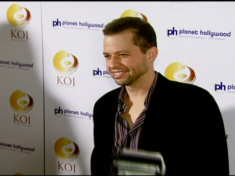 jon cryer at the koi las vegas grand opening at planet hollywood in las vegas nevada on november 9 2007 - jon cryer stock videos and b-roll footage