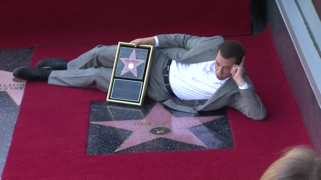 jon cryer honored with star on the hollywood walk of fame los angeles ca united states 9/19/11 - lisa joyner stock videos and b-roll footage