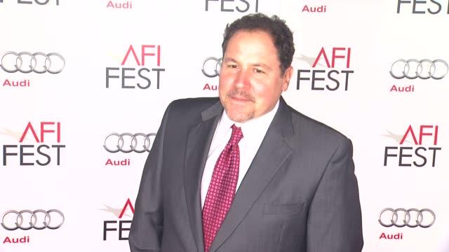 jon favreau at afi fest 2012 closing night gala world premiere of lincoln on 11/8/2012 in hollywood ca - 映画 リンカーン点の映像素材/bロール