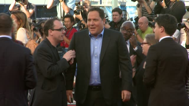 jon favreau at the cowboys aliens uk premiere at london england - cowboys & aliens stock videos and b-roll footage