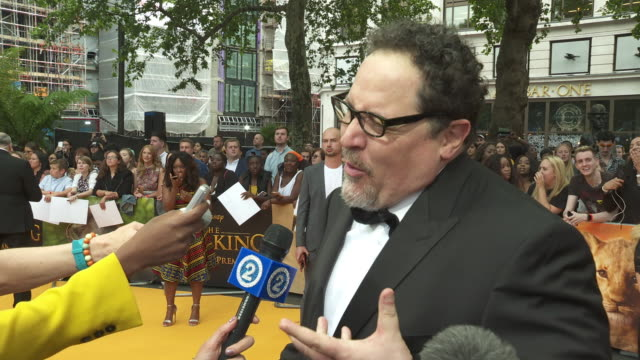 vídeos de stock e filmes b-roll de interview jon favreau director the lion king on the challenges of creating the film and getting beyonce to be the voiceof nala at the lion king uk... - meghan markle lion king