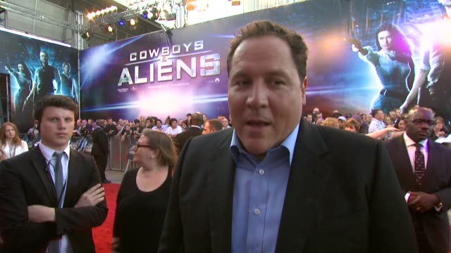 jon favreau on not knowing what to expect mixing genres and more at the cowboys aliens uk premiere at london england - cowboys & aliens stock videos and b-roll footage