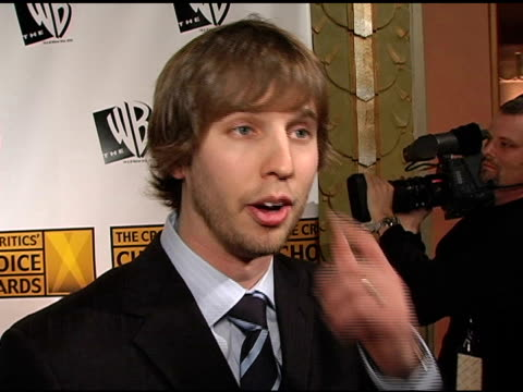jon heder on working on 'napoleon dynamite' on the film's acclaim and on finding his character at the 2005 critics' choice awards interviews at the... - wiltern theater stock videos and b-roll footage