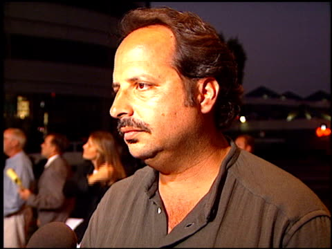 vídeos de stock, filmes e b-roll de jon lovitz at the 'bullet proof' premiere at the cinerama dome at arclight cinemas in hollywood california on august 28 1996 - à prova de balas