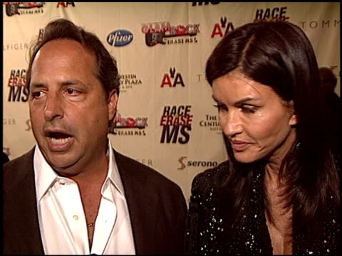vidéos et rushes de jon lovitz at the race to erase at the century plaza hotel in century city, california on may 14, 2004. - race to erase ms