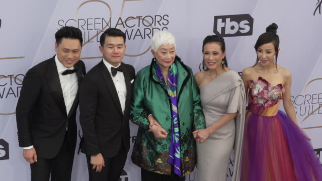 jon m chu fiona xie lisa lu nico santos tan kheng hua ronny chieng at 25th annual screen actors guild awards at the shrine auditorium on january 27... - screen actors guild awards stock videos & royalty-free footage