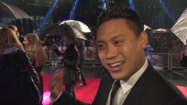 vídeos y material grabado en eventos de stock de jon m chu on filming weddings when he was younger and ad libbing in the movie at the gi joe: retaliation uk premiere on the 18th of march 2013 - venganza