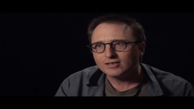 vidéos et rushes de jon ronson, author of the best-selling 'the men who stare at goats' and 'the psychopath test', spoke to hibrow about his life, shakespeare, books and... - littérature